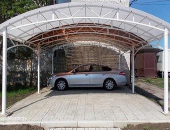 Навес с арочной крышей